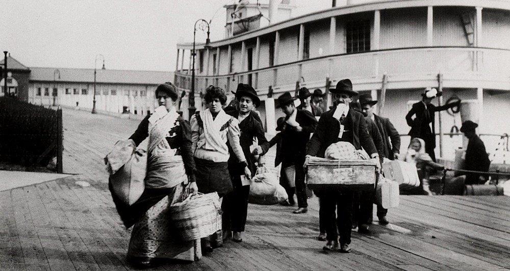 Иммиграция и структура американского общества